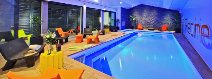 Hôtel piscine intérieure